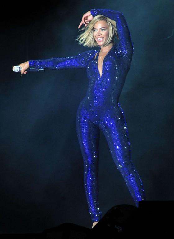 Beyonce Photos: V Festival 2013 in England -04