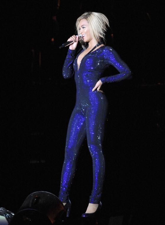 Beyonce Photos: V Festival 2013 in England -12