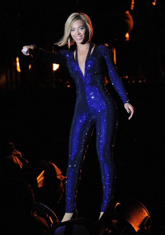 Beyonce Photos: V Festival 2013 in England -27