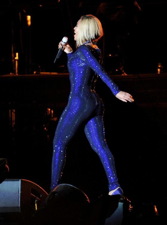 Beyonce Photos: V Festival 2013 in England -31