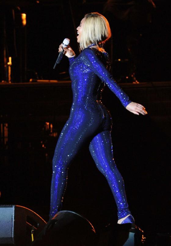 Beyonce Photos: V Festival 2013 in England -34