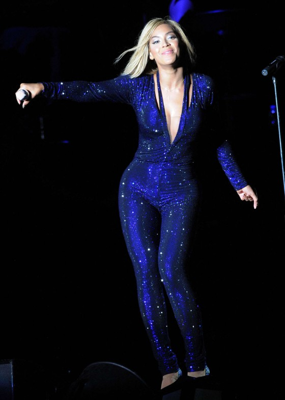 Beyonce Photos: V Festival 2013 in England -44