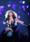 Beyonce Super Bowl 2013 Performing-08