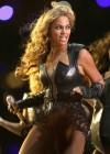 Beyonce Super Bowl 2013 Performing-27