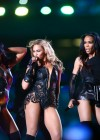 Beyonce Super Bowl 2013 Performing-41