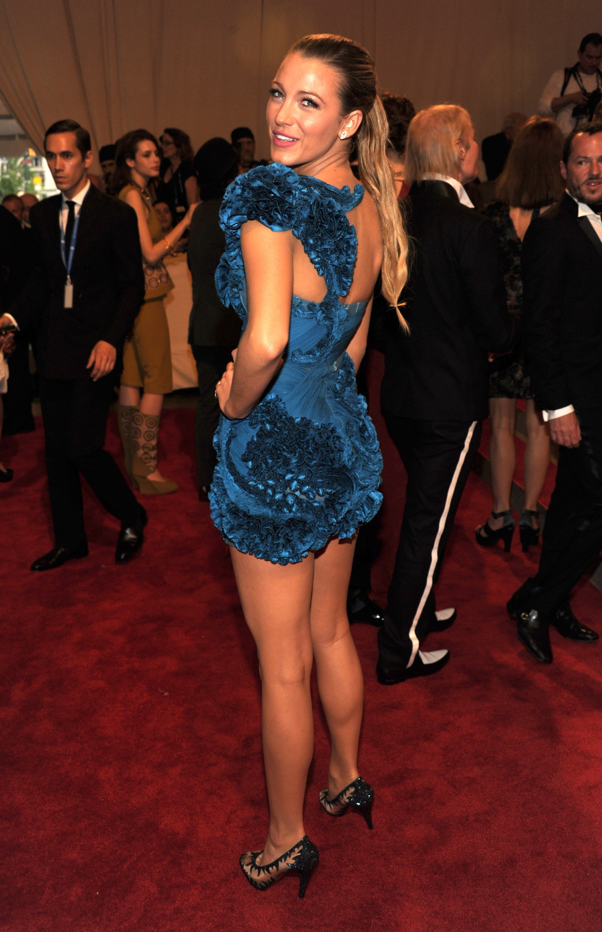 Blake Lively 2010 Costume Institute Gala In Nyc 10 Gotceleb