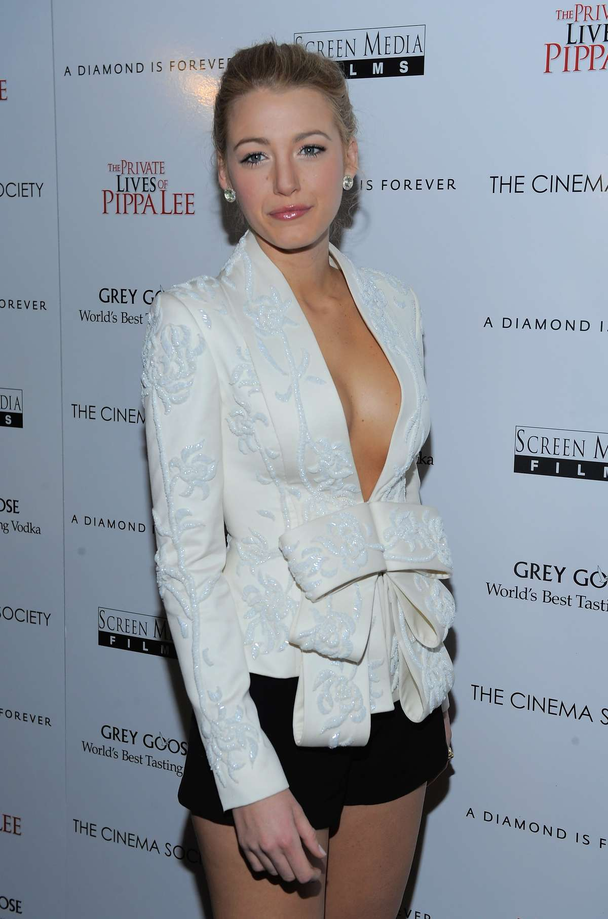 Cleavage Blake Lively naked (28 photos), Ass, Cleavage, Boobs, cameltoe 2006