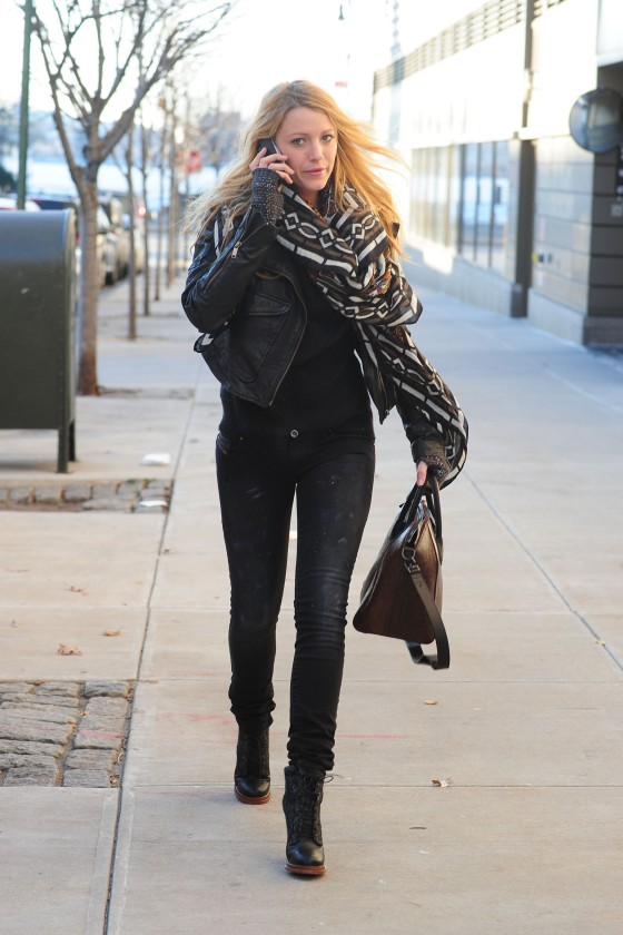 Blake Lively – Jeans Candids in Cambridge