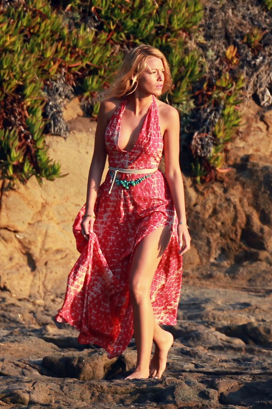 Blake Lively – Set Candids of Savages-12