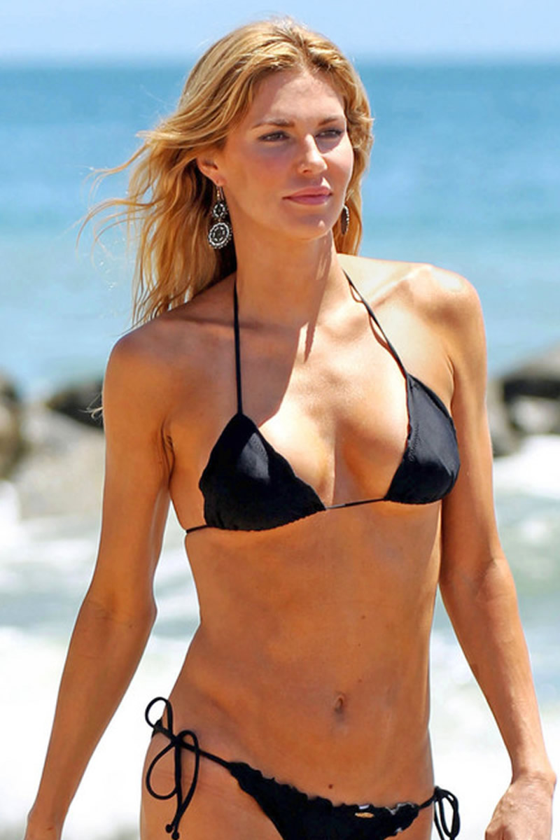 Lakers Vs Cavaliers 2019 >> brandi-glanville-bikini-candids-at-the-beach-in-l-a-15