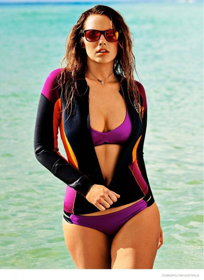 Bree Warren in Bikini for Cosmopolitan Australia Magazine (December 2014)