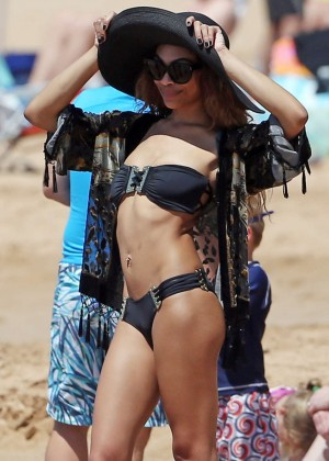 Bria and Shayne Murphy Bikini Photos: 2014 in Maui -07