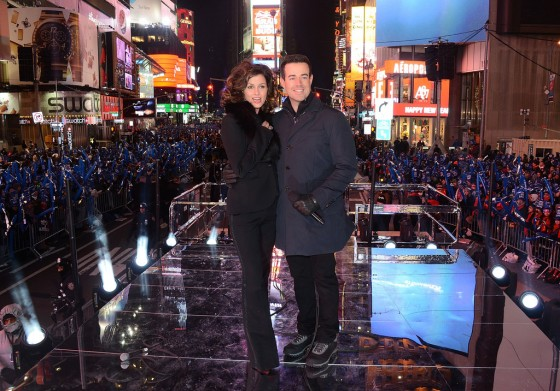 bridget-moynahan-at-new-years-eve-2013-in-nyc-09
