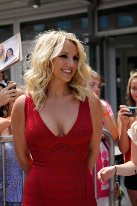 Britney Spears - Hot in red dress at 2012 X-Factor auditions in Rhode Island