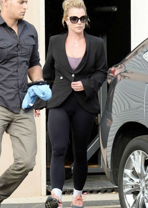 Britney Spears in Spandex Leaving the Gym in Westlake Village