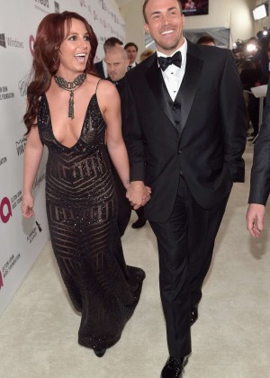 Britney Spears: 2013 Elton John AIDS Foundation Academy Awards Party -04