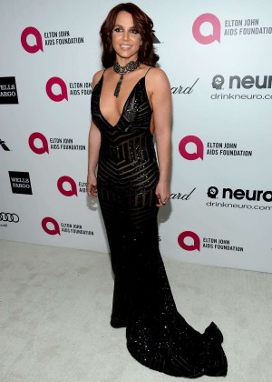 Britney Spears: 2013 Elton John AIDS Foundation Academy Awards Party -07