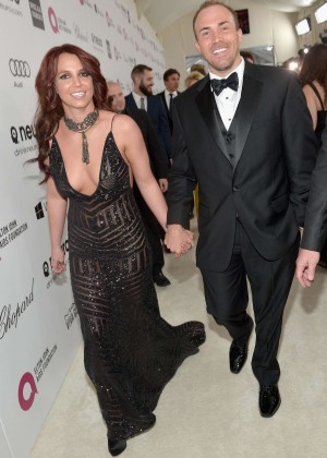 Britney Spears: 2013 Elton John AIDS Foundation Academy Awards Party -10