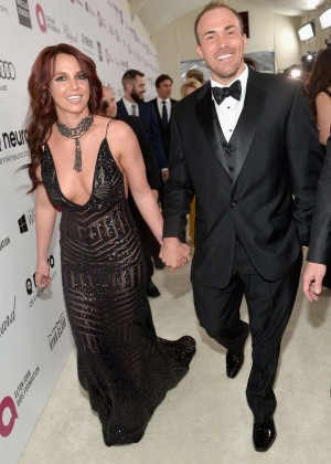 Britney Spears: 2013 Elton John AIDS Foundation Academy Awards Party -13