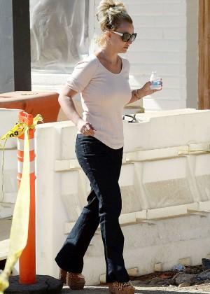 Britney Spears in Jeans Out in Thousand Oaks