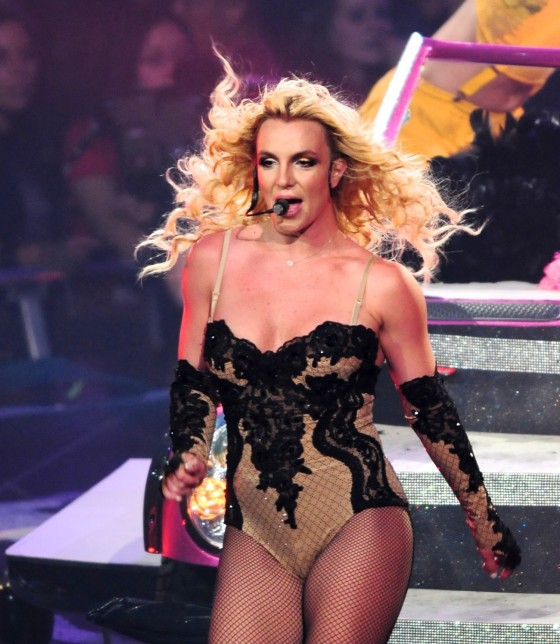 Britney Spears Perform Live at Honda Center in Anaheim – June 24-04