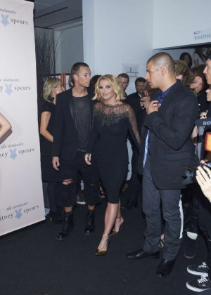 Britney-Spears:-The-Intimate-Britney-Spe