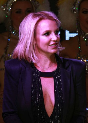 Britney Spears - The LINQ Promenade Ceremony in Las Vegas