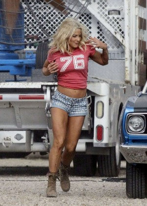 Brittany Daniel in Jeans Shorts on Joe Dirt 2 set -02