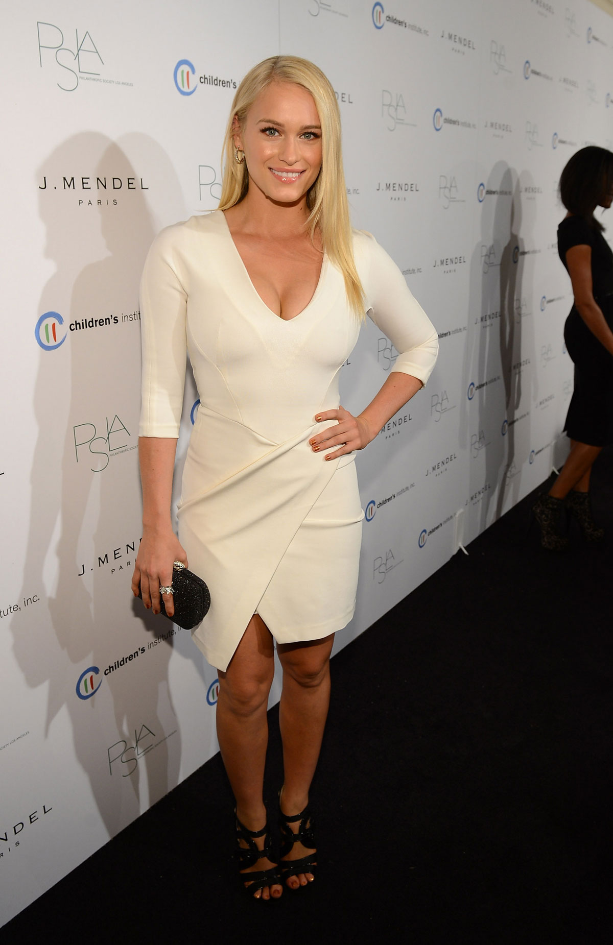 Brittany Snow Autumn Party 2012 04 Gotceleb