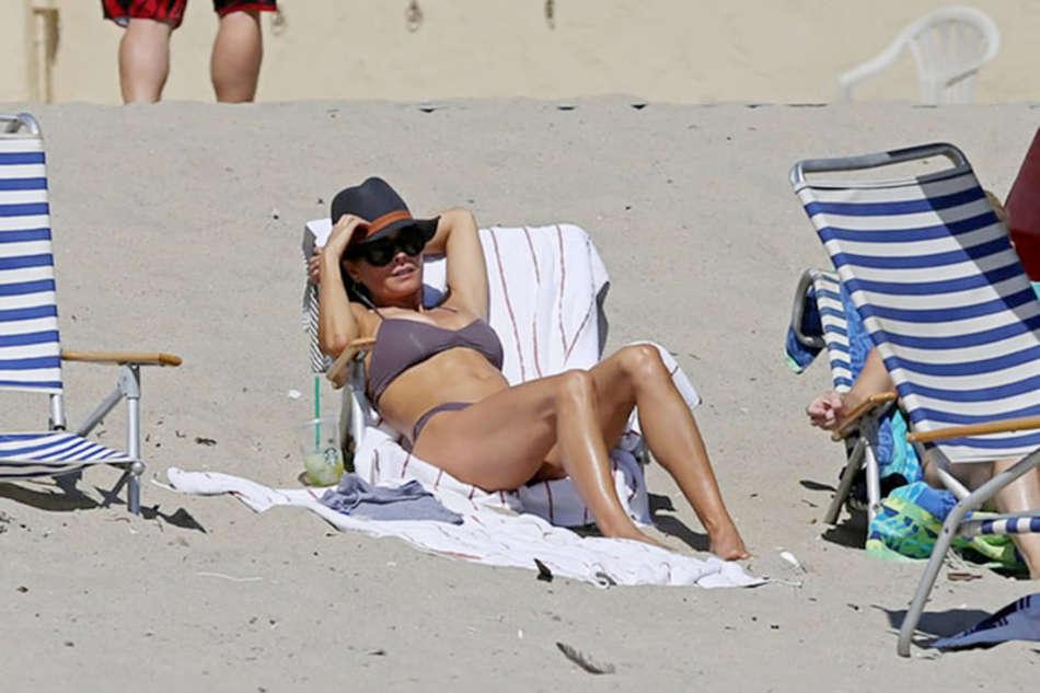Brooke burke bikini photos