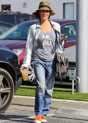 Brooke Burke in Jeans Leaving -06