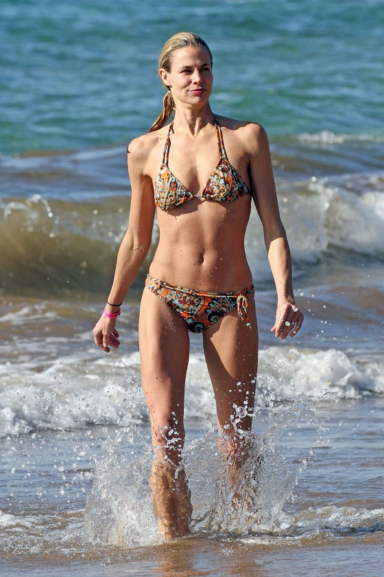 Brooke Burns – Bikini Candids on a beach in Maui-07
