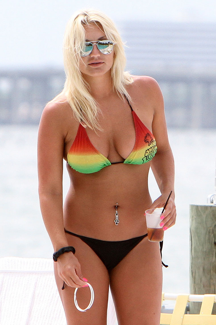 brooke-hogan-in-a-bikini-again-04 - GotCeleb