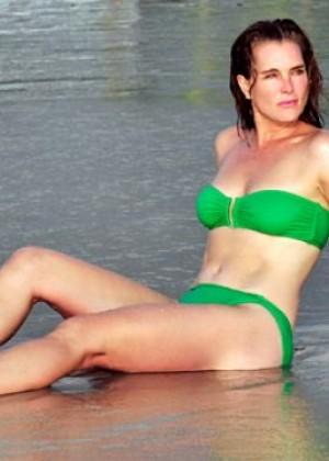 Brooke Shields in Green Bikini on the Beach in Mexico