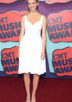 Brooklyn Decker: 2014 CMT Music Awards Press Conference -04
