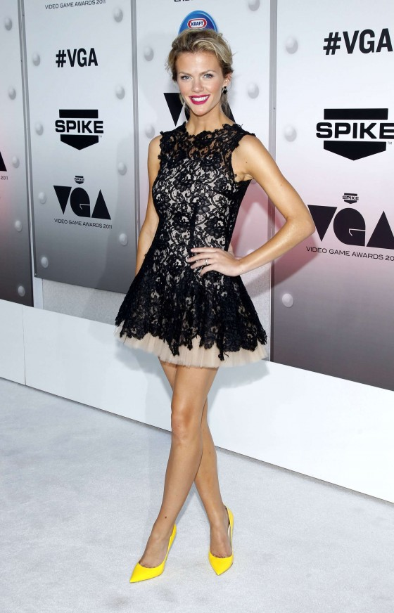 Brooklyn Decker - Hot at Spike TVs 2011 Video Game Awards-01