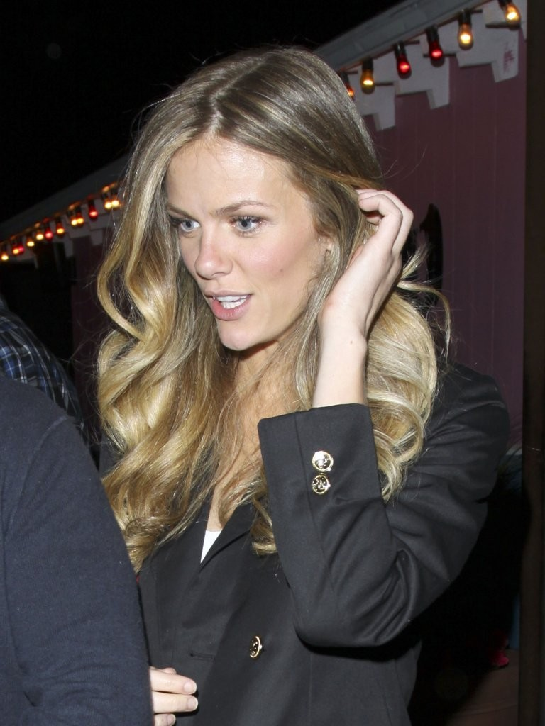Back to full gallery brooklyn decker at the pink taco in hollywood