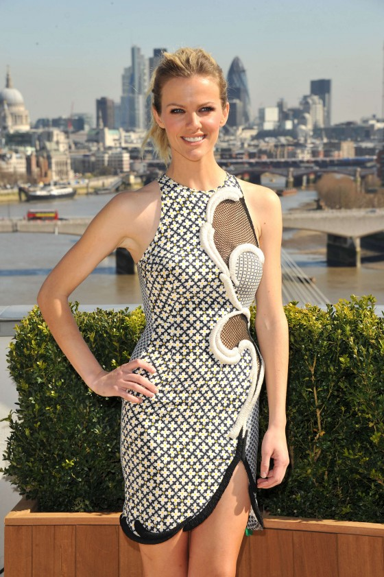 Brooklyn Decker at Battleship Photocall-08