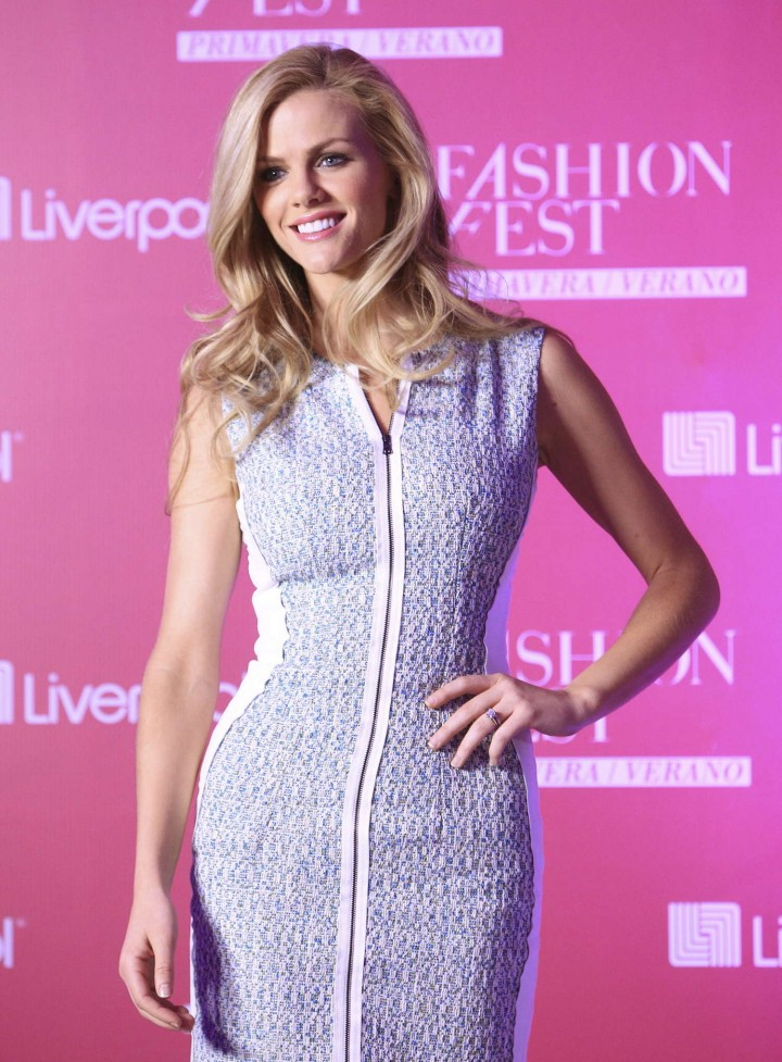 Brooklyn Decker: 2014 Fashion Fest -02