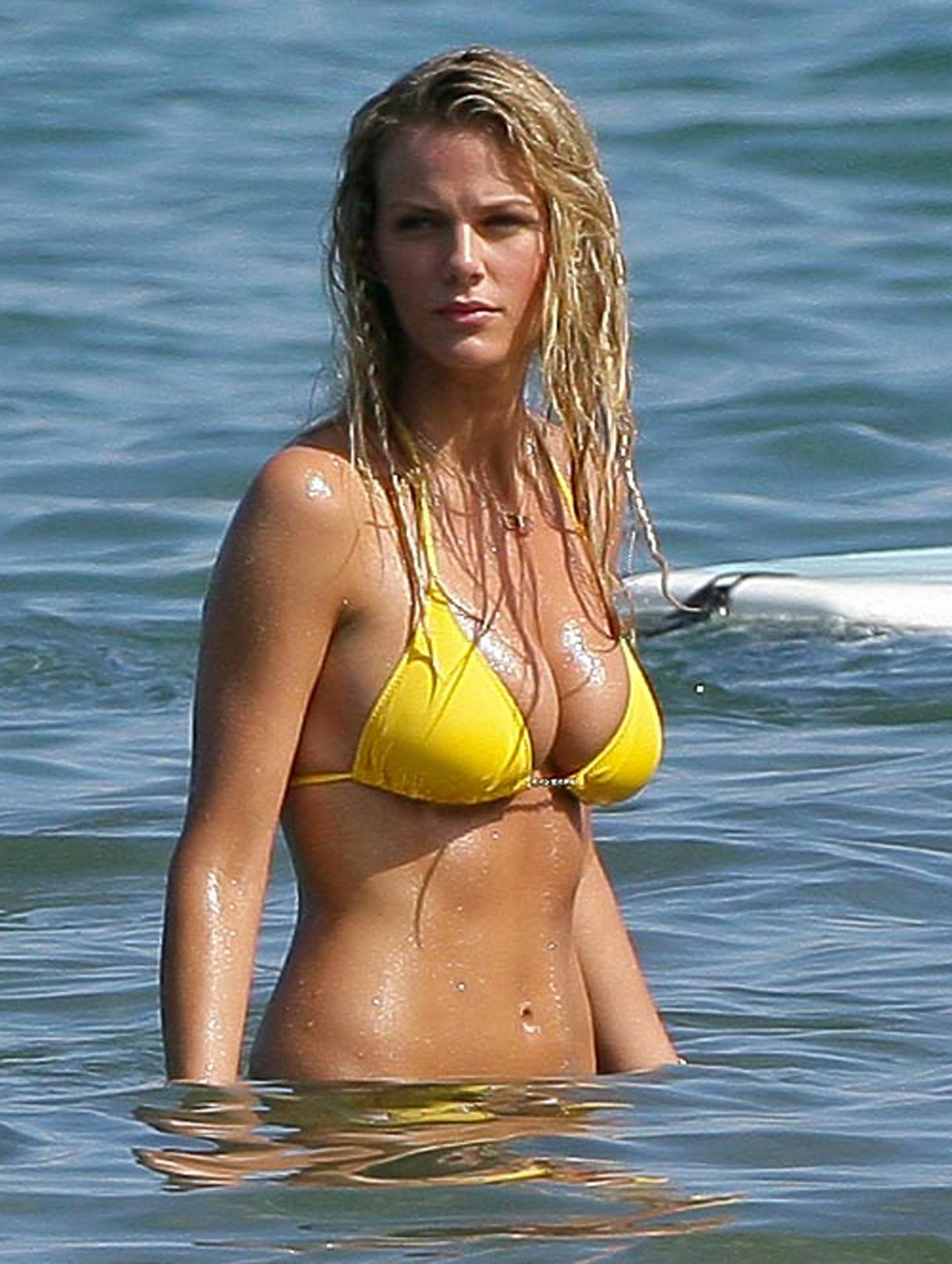 Brooklyn decker gelber Bikini