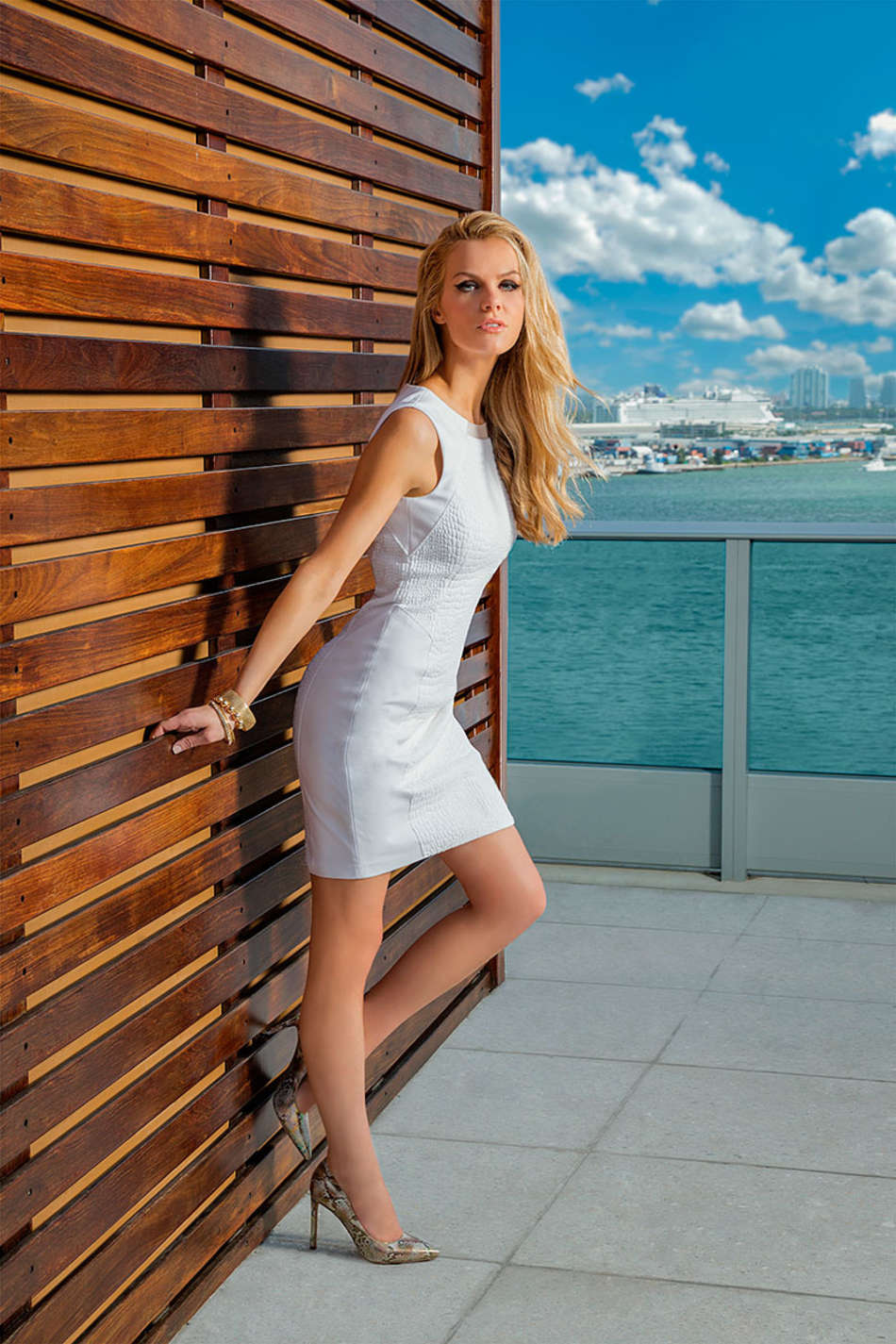 Brooklyn Decker: Liverpool Fashion Fest 2014 -03 | GotCeleb