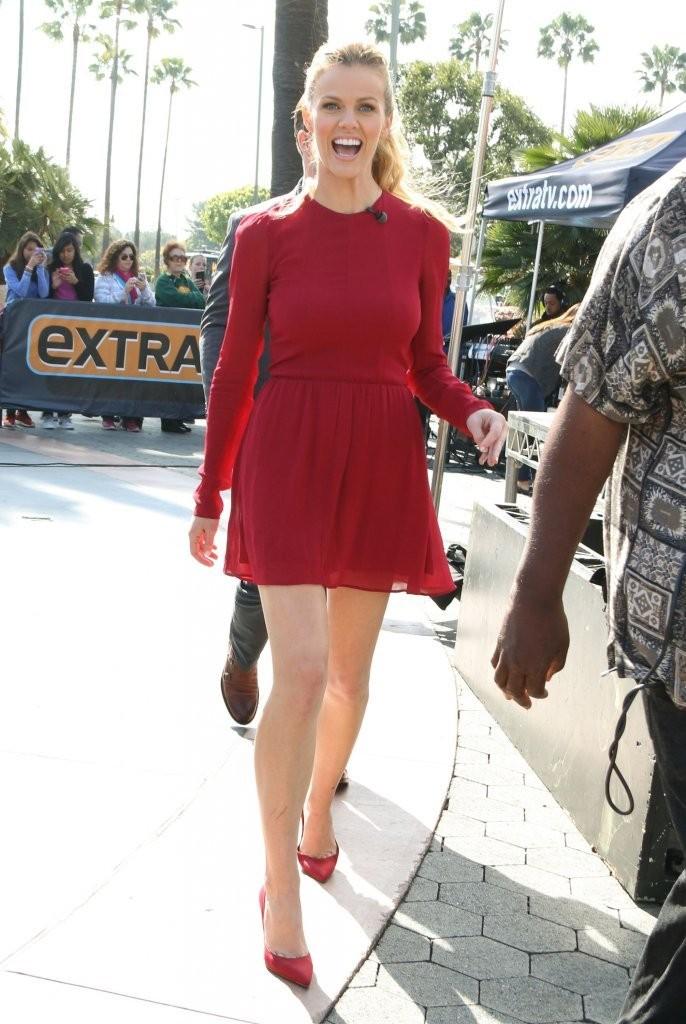 Brooklyn Decker In Red Dress -12