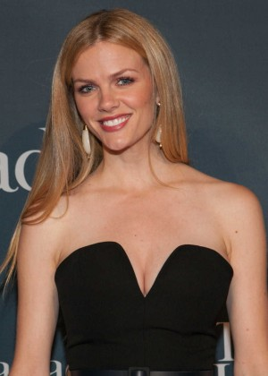 Brooklyn Decker - White House Correspondents Association Dinner Weekend -04