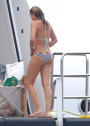 Cameron Diaz bikini photos: in Antibes -01