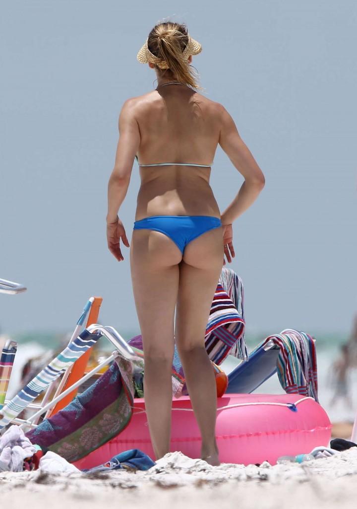 Cameron Diaz  hot bikini photos: in Florida 2014 -06