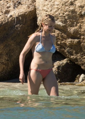 Cameron Diaz Bikini Photos: 2014 in Caribbean -02