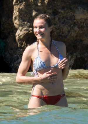 Cameron Diaz Bikini Photos: 2014 in Caribbean -11