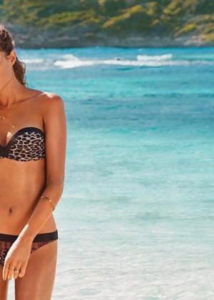 Cameron Russell: Calzedonia Bikini 2014 -06