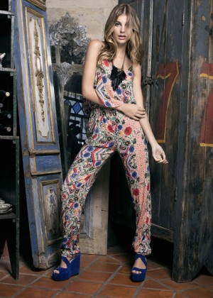 Camila Morrone: Primavera-Verano Clothing 2015 -14