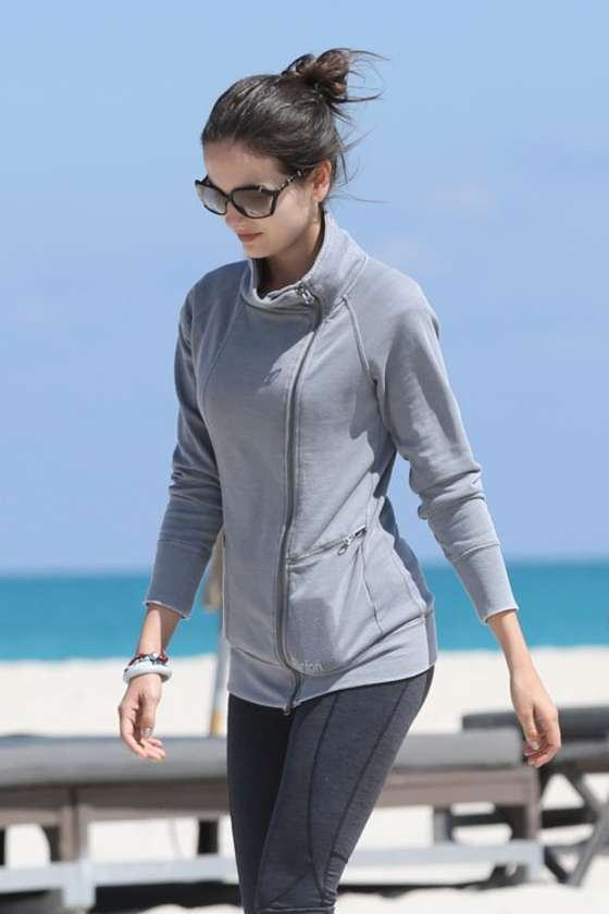 Camilla Belle out in Miami Beach -10